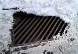Non Ice Covered Sewer Grate Cover